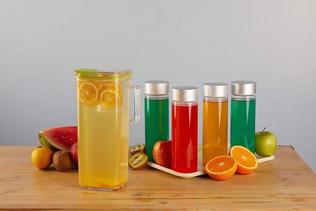 أفضل 3 أدوات مائدة بلاستيكية ضرورية مثالية للأنشطة الخارجية