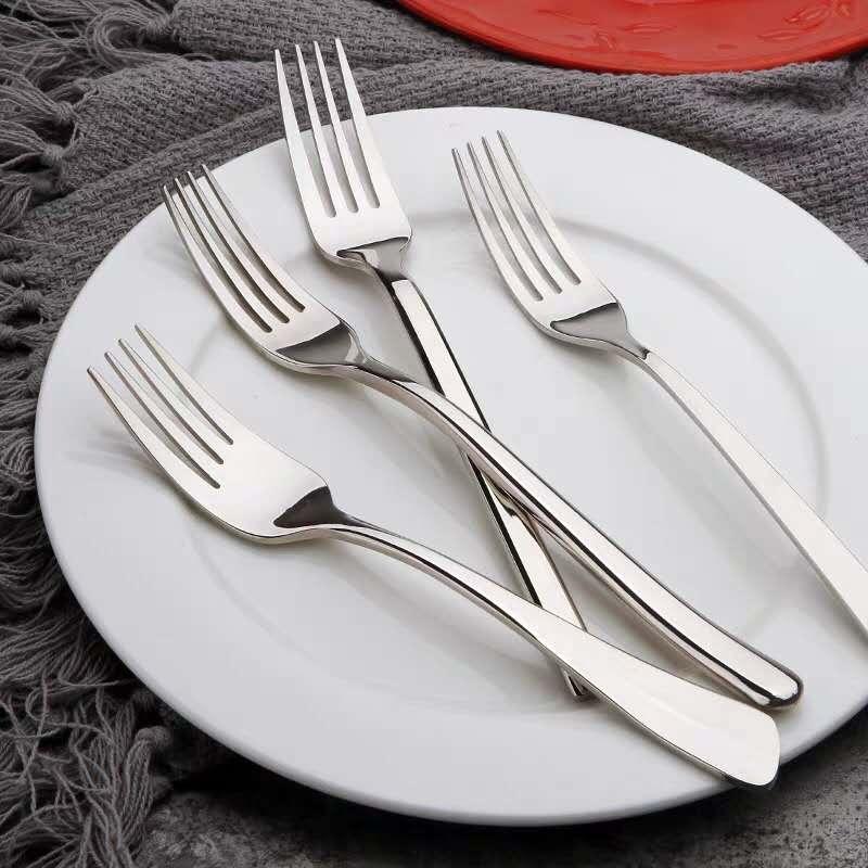 هل تعرف ما هي الأنواع الثلاثة المختلفة من شوك الفولاذ المقاوم للصدأ اللازمة على المنضدة؟