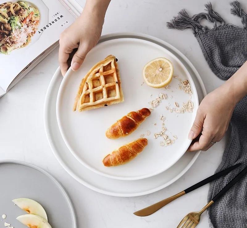 كيف تختار أطباق عشاء خزفية جيدة المظهر لأدوات المائدة الخاصة بك؟
