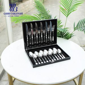 24-Piece Silverware Set 18/8 Stainless Steel Flatware Cutlery Set Mirror Polish Utensil with Gift case