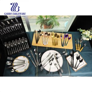How to customize creative and fancy flatware?