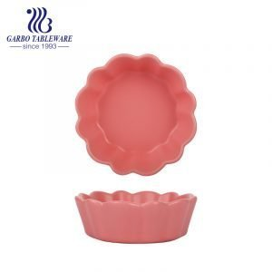 Pure color-glazed microwave safe ceramic bowl with flower edge