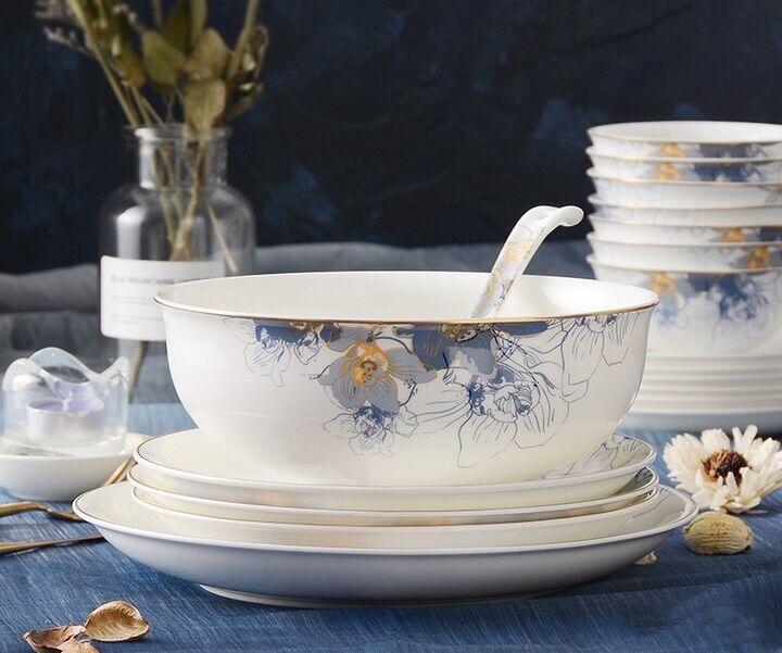 Qual é a louça de porcelana óssea mais vendida do mercado e que tipo de design de impressão é popular?
