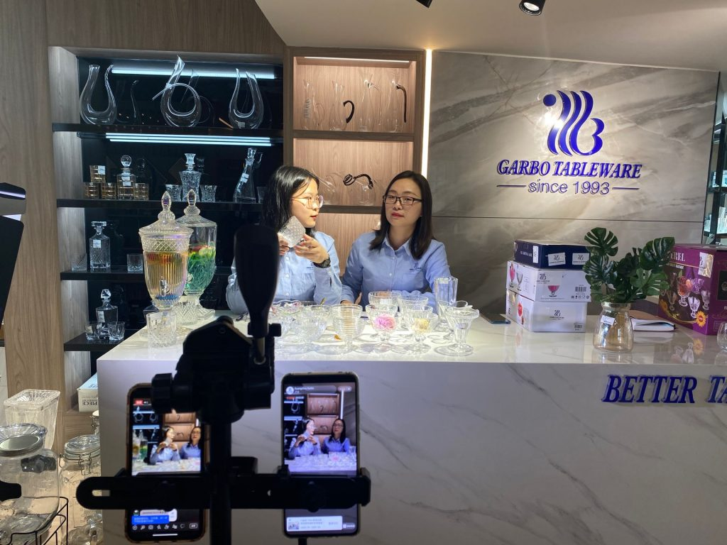 Garbo international ceramic dinnerware,glassware,stainless steel cutlery and kitchenware tool online show on Alibaba in March.