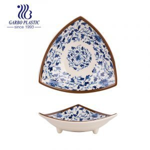 Japanese Style Durable Plastic Multipurpose Sauce Dish for Sushi Appetizer Iregular Shaped Serving Plates with Foots
