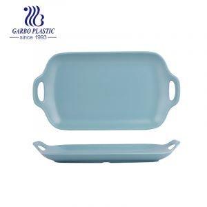 Bandeja de servir alimentos de plástico premium de 12 polegadas Bandeja de plástico durável azul oceano com alça adequada para ambientes externos e internos