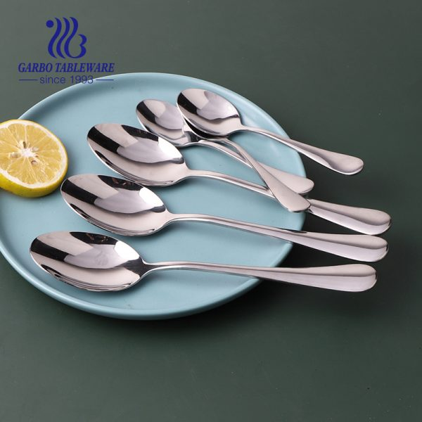Wholesale luxury modern stainless steel dinner spoon sets cutlery and flatware set for hotel
