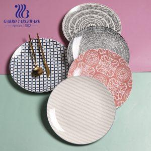 Prato de faiança de grés de design personalizado barato e exclusivo de fábrica prato de cerâmica redondo fino