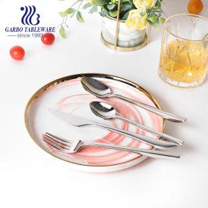 أسلوب بسيط 304 (18/8) ملاعق شوربة عشاء أنيقة من الفولاذ المقاوم للصدأ الفضي للاستخدام في الفنادق