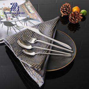 Talheres de talheres de aço inoxidável de alta qualidade personalizados colher de jantar