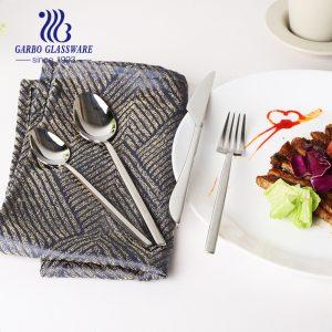 410 Conjunto de colheres de chá de sorvete de jantar em aço inoxidável Hotel restaurante conjunto talheres de talheres