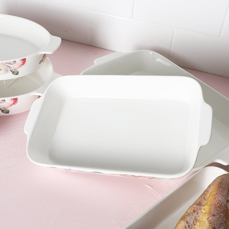What kind of material is good for the bakeware?