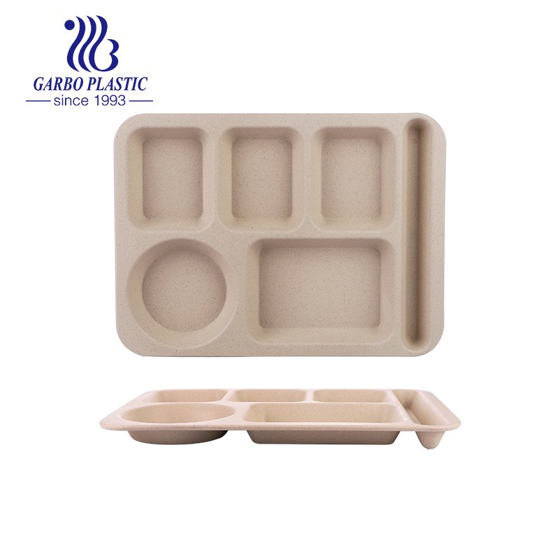 Wheat straw sectional plates