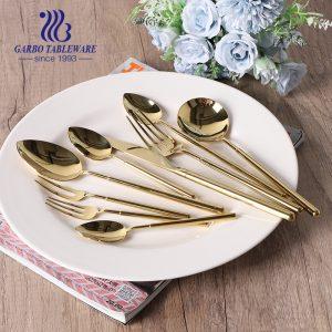 Precio de fábrica 9 piezas Juego de cubiertos de acero inoxidable chapado en oro Juego de cubiertos popular europeo americano hecho en China