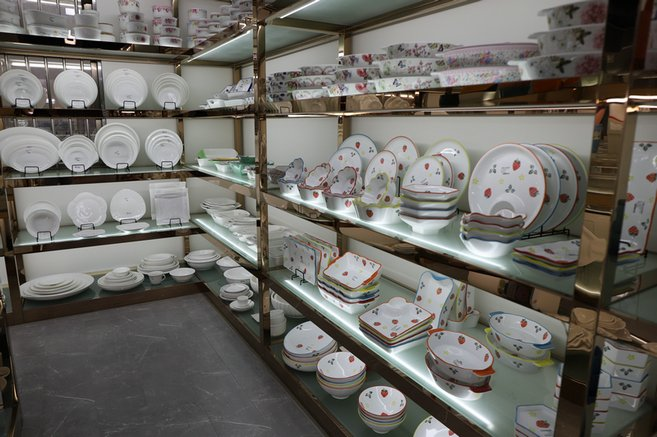 Let's take a walk to our GARBO Tableware showroom