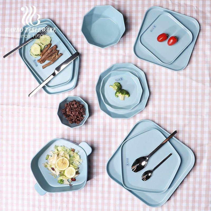 عملية إنتاج أدوات المائدة الميلامين